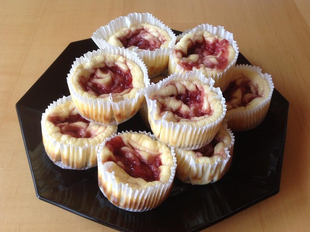 Fruchtige Cheesecake-Törtchen