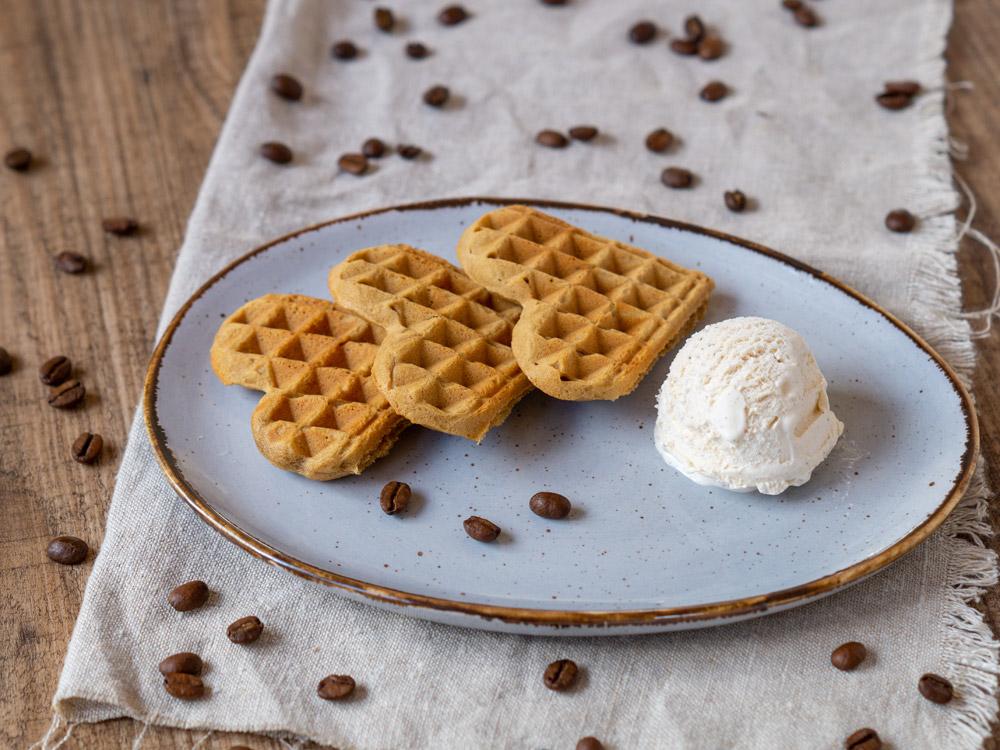 Espresso-Waffeln mit Eis