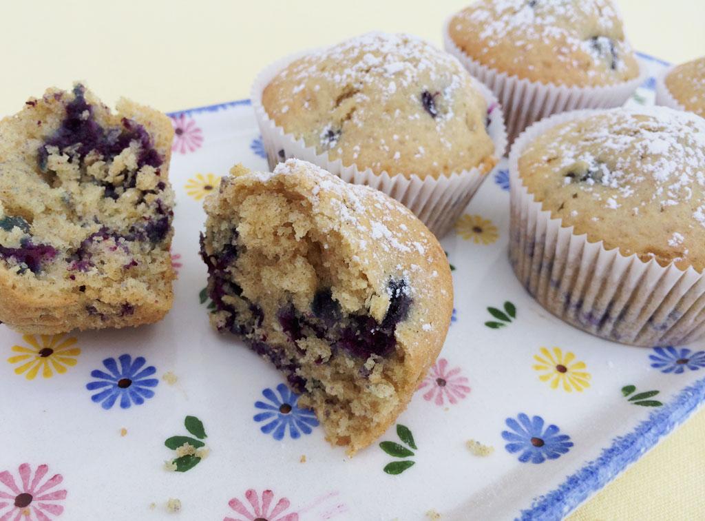 fluffige blaubeer buttermilch muffins danielas foodblog